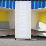 Eine DTN-Innovation ist KOMBO, eine vom bio verlag entwickelte, mobile Kommunikationsbox aus nachhaltigen Materialien, die ungestörte Meetings und ruhiges Arbeiten ermöglicht.